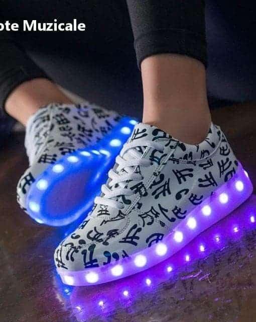 Adidasi LED Note Muzicale