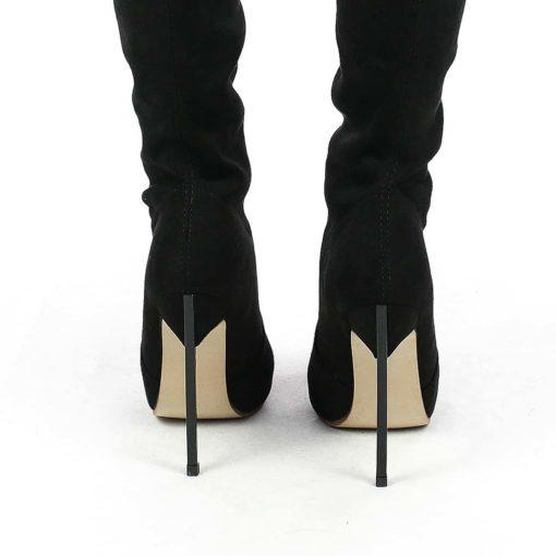 Detaliu cizme dama toc metalic BladeBlack