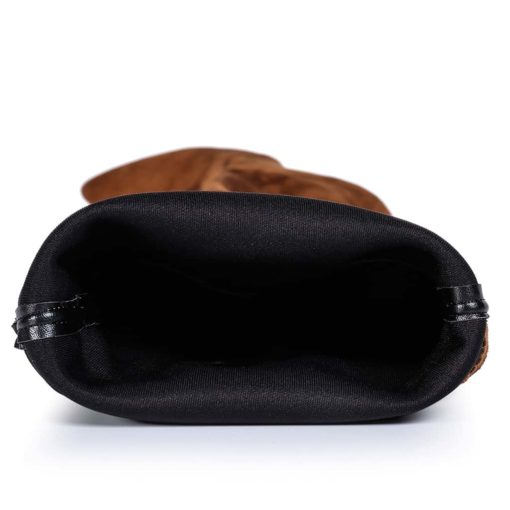 Detaliu interior cizme maro Blade